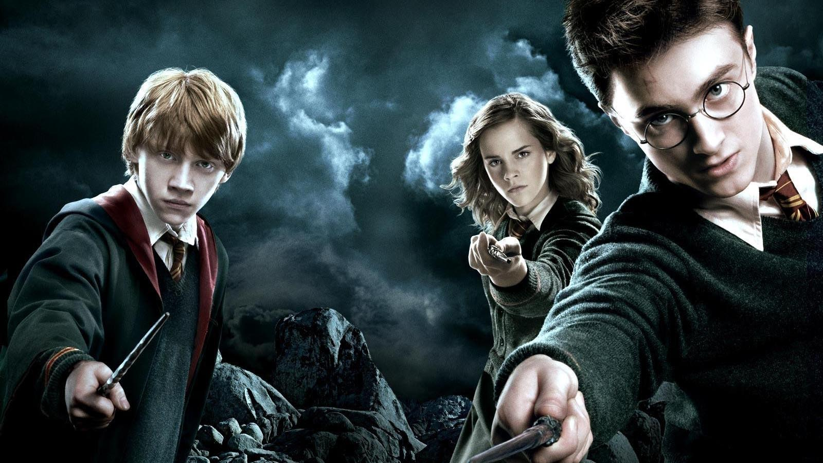 Best Wallpaper Harry Potter Friend - Harry_pot  Perfect Image Reference_553770.jpg